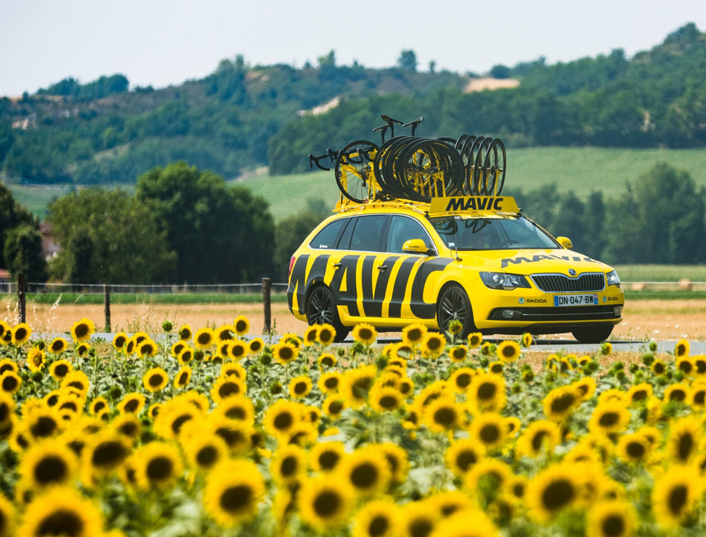 mavic neutral service car at the tour de france